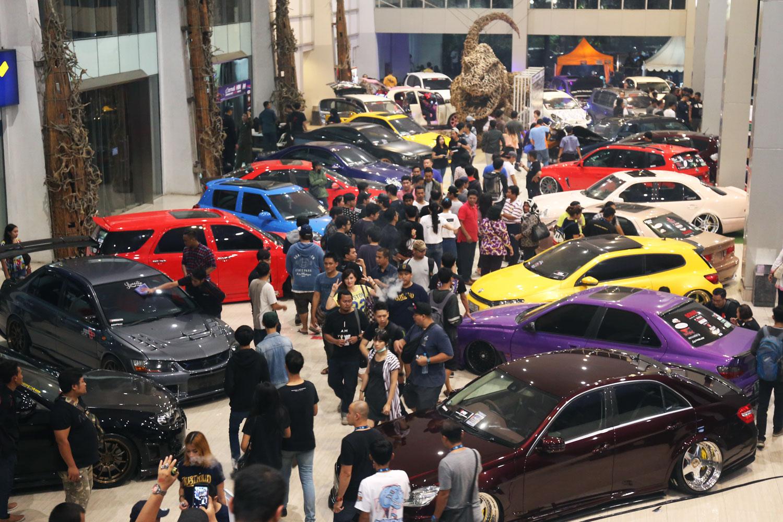 Ratusan peserta dan belasan ribu pengunjung yang akan hadir di setiap kota penyelenggaran Indonesia Automodified